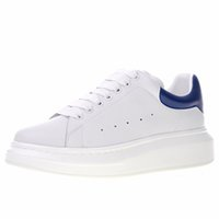 Wholesale mens shoes online - 2019 New Queen Lace Up Low Casual Shoes Mens Womens Designer Sneakers Low Cut Leather Designer Sneakers Size