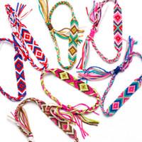 tobilleras étnicas al por mayor-Pulsera tejida a mano de estilo étnico nepalés colorido de múltiples capas Pulsera hecha a mano con cordón Cordón de cáñamo Pulsera de tobillo Joyería de playa M573Y