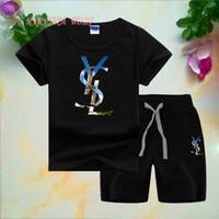çocuk bebek gündelik spor takım elbise toptan satış-YSLLogo Lüks Tasarımcı Bebek erkek Yaz Giyim Seti Çocuk Harfler T gömlek + Kısa Pantolon 2 adet Erkek eşofman rahat çocuklar spor takım elbise