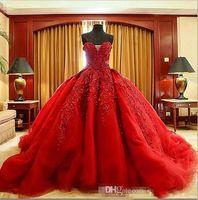 kırmızı elbise dantel top toptan satış-2019 Michael Cinco Lüks Balo Kırmızı Gelinlik Dantel En kaliteli Boncuklu Sevgiliye Sweep Tren Gotik Gelinlik Sivil vestido de