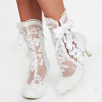 fildişi topuk ayakkabıları toptan satış-Dantel Beyaz Fildişi Düğün Ayakkabı Yüksek topuklu kadın Ayakkabı Düğün Gelin Ayakkabıları Sandal Gelin Ayakkabıları Fermuar