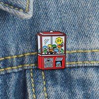 rote knopfspiele großhandel-Red Game Machine Brosche Grab Toy Game Machine Emaille Pin Für Kids Game Fans Button Badges