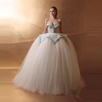 Wholesale sexy arabic wedding resale online - Luxury Puffy Ball Gown Tulle Pearls Wedding Dresses Sweetheart Dubai Wedding Gowns Arabic Vestido De Noiva Lace Bridal Dress
