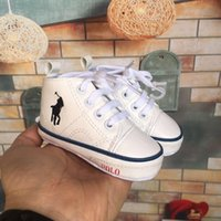 ingrosso geni del bambino-2019 POLO Baby First Walkers Lace-Up antiscivolo Primi camminatori 4 colori per Baby Boy Girl Genius Baby Infant Shoes