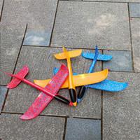 flying model toys 도매-48cm 폼 던지는 글라이더 모델 비행기 관성 항공기 장난감 손 발사 비행기 모델 어린이 선물을위한 장난감을 비행 비행기 활공하려면