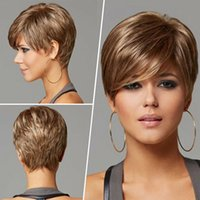 perçinli peruklar toptan satış-Sarışın Doğal Kadınlar Sentetik Kısa Düz Saç Tam Peruk Eğik Bangs ile