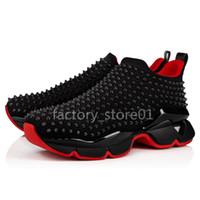 zapatos del banquete de boda al por mayor-Hombres y mujeres zapatos unisex inferiores rojos zapatillas de deporte únicas del partido zapatos de boda de cuero superior superior tachas clavos zapatos de diamantes de imitación zapatillas de deporte