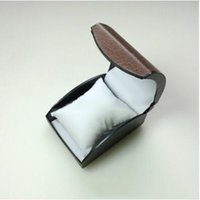 porta-relógio venda por atacado-Luxo Faux Leather Watch Box Bracelet Titular Relógio de pulso caixa de exibição caixa de jóias Maleta Assista Embalagem
