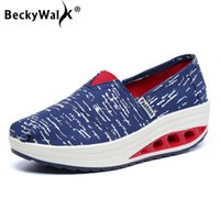 женские безделушки оптовых-Весна Женская обувь Ткань Tenis Feminino Slip On Loafers Shoes Женщина Холст Кроссовки Женщины Клин Платформа Качели WSH3301