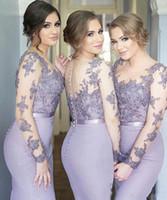 vestidos lilas para damas de honor al por mayor-Vestidos de dama de honor lilas Sirena Cuello escarpado Mangas largas Vestidos de dama de honor de tren de barrido con apliques de encaje Ilusión Volver Vestidos formales BA6632