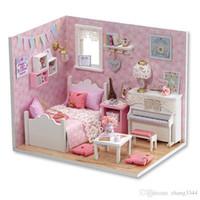 ingrosso case in legno in miniatura di legno-Mobili per la casa delle bambole Fai-da-te Miniature Miniature Miniature Case delle bambole in miniatura per Natale -H015