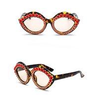 New Lips Sunglasses Unique Personality Women Fashion Small Frame Lip Shape