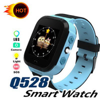 relojes de pulsera gsm al por mayor-Reloj inteligente Q528 Niños Reloj de pulsera para niños SOS GSM Localizador Rastreador Anti-pérdida segura Smartwatch Child Guard para iOS Android