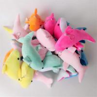 muñecas de tela de animales al por mayor-Pequeño colgante lindo del juguete de la felpa del delfín Colgante del bolso del teléfono móvil Colgante Muñecas pequeñas del paño Juguetes del animal relleno