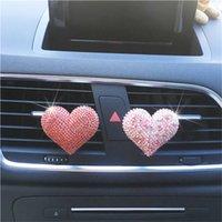 perfume coração diamante venda por atacado-Bela forma do coração amor diamante carro perfume coração fashion ar automóvel condicionado acessórios Ornament Car Air Freshener