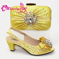 Wholesale ladies dress shoes bags resale online - New Arrival Yellow Color Ladies Matching Shoes and Bag Set Decorated with Rhinestone African Women Wedding Shoes and Bag Sets