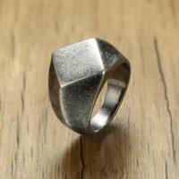 anillos superiores planos al por mayor-Lateefah Cuadrángulo para hombre Anillo de sello para hombre Joyería de acero inoxidable Vintage Oxidación Gris Joyas para hombre Joyas