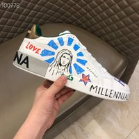 обувь для мужчин белый мальчик оптовых-2019 НОВЫЕ мальчики мужская мода LUXURY дизайнеры кроссовки портофино кроссовки из принтованной кожи белого туза мужская обувь высокого качества с коробкой