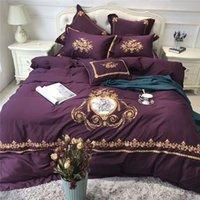 ingrosso biancheria da letto in cotone egiziano viola-Set di biancheria da letto di lusso in cotone egiziano viola. Copripiumino matrimoniale ricamato in oro