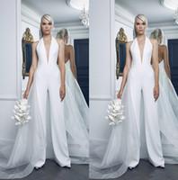 monos blancos puros al por mayor-2019 vestidos de boda modestos del tamaño extra grande de las mujeres del mono de sobrefalda de tul Vestido Sexy cuello en V puro boho blanca vestidos de boda vestido de novia