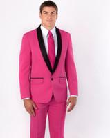 esmoquin rosa fuerte novio al por mayor-Nuevos groomsmen mantón de solapa negro Novio Esmoquin Hot Pink Men Trajes de boda Best Man Dinner Party Wear (Jacket + Pants + Tie)