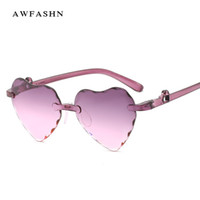 70fb19a284 2019 Nueva moda Tendencia Señoras en forma de corazón Gafas de sol sin  marco Diseñador de la marca de lujo Lentes graduadas Gafas de sol Sin  montura UV400