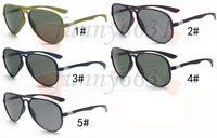 diseñador sunglasse al por mayor-Promoción de ventas Hombres del diseñador de la marca al aire libre que conducen las gafas de sol Deporte Gafas de sol Marco negro playa Sunglasse 5 colores A +++ envío gratis