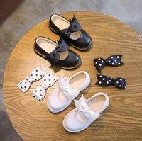 vestido branco preto pontos crianças venda por atacado-Kids Shoes princesa School Girls Shoes Black White Crianças Couro Party Dress Plano Pouco Polka Dot Bow Bebê Casual Sneaker