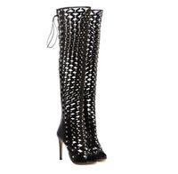 calçados europeus frescos venda por atacado-Europeu e americano laser night club passarela sapato rua pats high-salto alto oco fina com rebite cruz tie feminino cool botas.