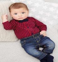 rote baby-jeans großhandel-Frühlings-Baby-Kleidung rot kariertes Spielanzug-Shirt + Jeans 2-tlg Jungen Set Jungen Kleidung Kinder Bebe Kleidung Set Kinder Outfits