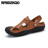ingrosso sandali in cotone marrone-Sneakers Water Mens Sandals 2018 Summer Outdoor Marrone Scarpe Uomo Leather Mules Runway Strap Slide Closed Toe Pantofole casual