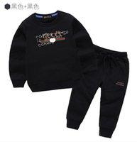 ingrosso vestito da bambino-Magliette classiche per bebè e neonate T-shirt + pantaloni Tute per bambini moda bambini Abbigliamento per bambini Set Felpe con cappuccio per bambini