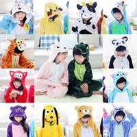 4t onesies al por mayor-Franela Unicornio Kids Rainbow Unicornio traje onesie Cartooon Hoodies Batas pijama pijama animal traje cosplay MC2035