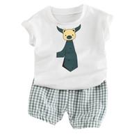 ingrosso cravatta casuale della camicia dei capretti-New Summer 2pcs Set per bambini Neonati Cartoon Tie Print T-shirt Top + Shorts Set casual