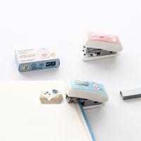 grampeador para escritório venda por atacado-Útil grampeador dos desenhos animados Mini encantador escritório manual Encadernação de papelaria Mini pequeno grampeador Estudante do escritório do grampeador bonito HK0001 Supplies