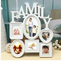 marco de fotos de perlas de plata al por mayor-Marco de fotos de familia de plástico blanco Colgante de pared Exhibición del tenedor de la imagen Decoración para el hogar Ideal para regalo 30x37cm