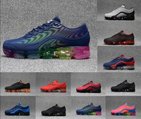 Wholesale hot bodies girls for sale - Group buy 2018 hot sale Moc Releasing Mens Laceless Multicolor Triple For Mens Running designer sneakers For Women Racer outdoors Shoes