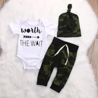 chapéus do exército dos meninos venda por atacado-Exército Verde Do Bebê Recém-nascido Da Menina Do Menino Roupas Romper T-Shirt Calças Compridas E Chapéu Outfits 3 Pcs Frete Grátis B11