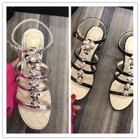 sandalias bajas sexy al por mayor-Venta caliente- nuevo Appival de calidad superior de lujo moda mujer sexy ladys flores de tacón bajo rebordear lados sandalias de diseñador cuero genuino