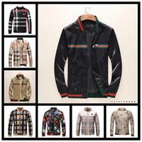 Wholesale mens chain length resale online - Winter Mens Designer Jackets Luxury Windbreaker Windrunner Men Bomber Jacket Women Reflective Outerwear Jacket Coats Clothes