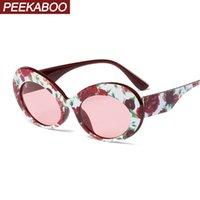 artículos de regalo rojos al por mayor-Peekaboo gafas de sol ovaladas rojas para mujer ojo de gato negro 2019 estilo de verano moda cat eye gafas de sol para damas artículos de regalo sexy