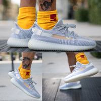 Wholesale peep toed shoes color for sale - New V2 M Reflective Static Mens Running Shoes Kanye West Women Fashion Sport Athletics outdoor Sneakers luxury trainers Size