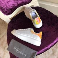 zapatos de suela gruesa blanca al por mayor-Nuevo Diseñador de Lujo Ocio Zapatos de Pareja Blanco Zapatos de Suela de Cuero Real Grueso Marca de Moda Hombres Mujeres Zapatos Tamaño 34-43