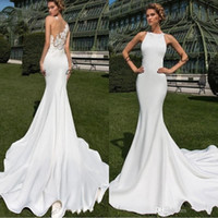 ingrosso pizzo matte-2020 Abiti da sposa lunghi a sirena country in mordente opaco opaco Sheer Back Lace Appliqued Jewel Design in cristallo Abiti da sposa all'aperto BC2412