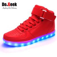 yüksek tops ayakkabıları açtı toptan satış-DoGeek LED Işık Ayakkabı Kırmızı Yüksek Top Yetişkin Unisex Light Up Zapatos USB Şarj 7 renk Sneakers Lumineux Basket Femme Ayakkabı