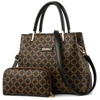 сумочки из ткани оптовых-Женские сумки Набор Кожаная сумка Новые женские сумки Сумки женские Сумка на плечо для женщин высокого класса запатентованной ткани