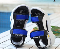 Wholesale small girl slip for sale - Group buy new Fashion trend boys and girls sandals Summer new children s small bear soles children s casual shoes beach sandals