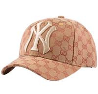 sonbahar beyzbol şapkası toptan satış-Yüksek kalite sonbahar ve kış Erkekler Şapka Açık Spor Eğlence Strapback Şapka Avrupa Tarzı Tasarımcı Güneş Şapka Marka Beyzbol nakış Kap