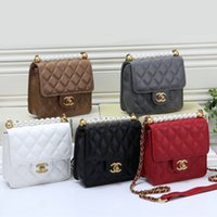 Wholesale girls pearl purses resale online - 2019 summer new women shoulder bag solid color pu pearl bag casual temperament rhombic lady Messenger bag