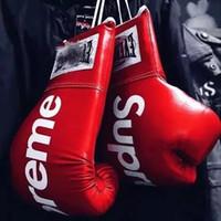 боксерские боксерские перчатки оптовых-Новый Боксерские перчатки Mma Каратэ Guantes De Boxeo кикбоксингу вир Luva De Boxe бокса Оборудование 10oz 12oz 14oz вир